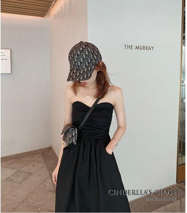 《仙杜瑞拉的衣櫃》sk1129 黑色平口高腰 A字連身裙
