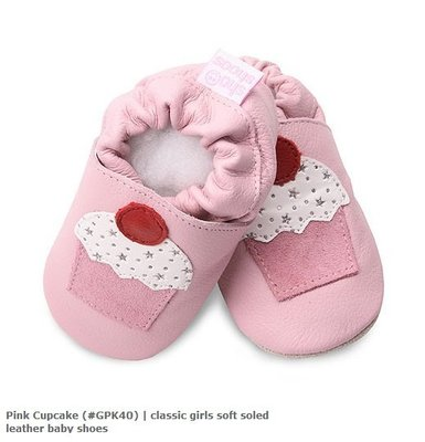 【愛寶貝】英國 shooshoos 健康無毒真皮手工學步鞋/嬰兒鞋/室內保暖鞋_淡粉/杯子蛋糕(公司貨)