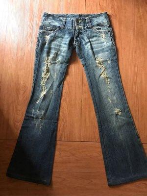 日本原裝 LUCCICA M號  破壞牛仔褲 破褲 uniqlo