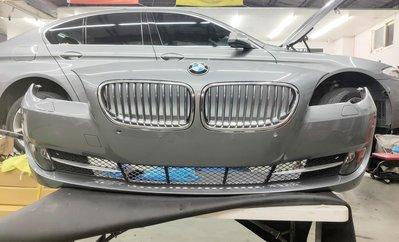 二手 BMW  F10  5系列 原廠前保 含水箱罩 霧燈 灰色 漂亮沒傷 自取價