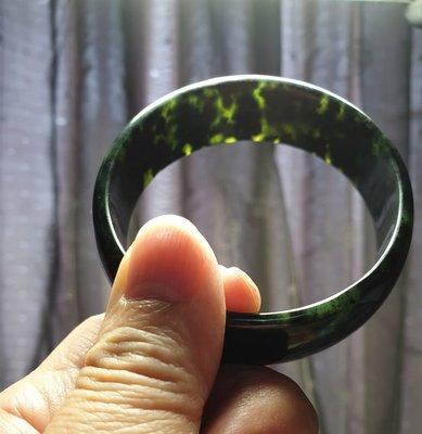 拍賣家當~正台灣墨玉手鐲19圍 -1,內徑59mm, 面寬21mm,厚5mm