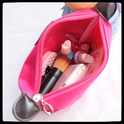 現貨-*女生化妝包 可愛拉鏈包 包中包 防水收納包