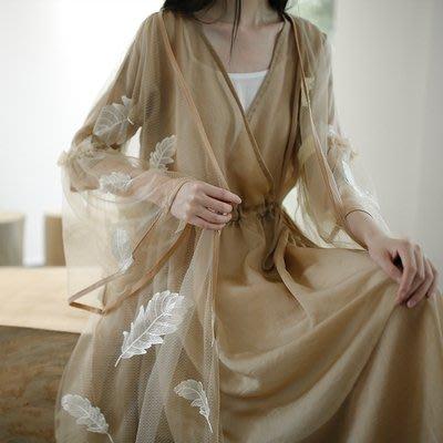 *菇涼家*秋季設計款刺绣超薄飄逸蝴蝶袖仙宽松開衫外套