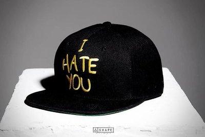 { POISON } SHAPE I Hate You Snapback / 前片 I HATE YOU 搭配背面哭臉刺繡 後扣棒球帽