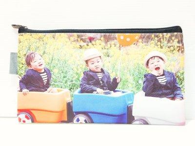 韓國綜藝節目【我的超人爸爸】宋一國三胞胎 ~大韓民國萬歲 【雙面不同寫真圖款】 長型 / 扁型 化妝包整理包筆袋