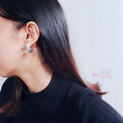 The M 正韓 大理石紋 系列-L形 方塊 耳環-抗過敏 鋼針