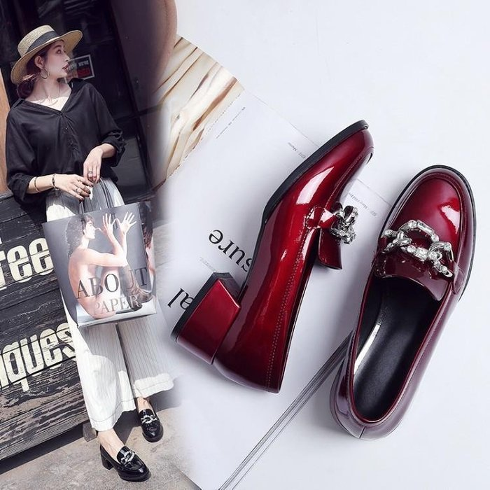 真皮 春款新款漆皮女鞋圓頭粗跟單鞋女夏平底中跟低跟酒紅色小皮鞋WN7 1236