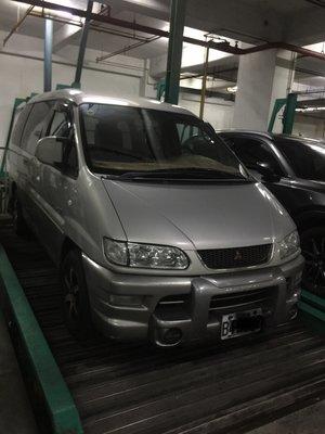 Mitsubishi 三菱 SPACE GEAR 1999年 2.4 L