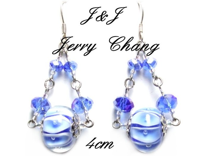 J&J精品~快樂平衡~粉藍水波螺旋彩繪琉璃水晶耳環