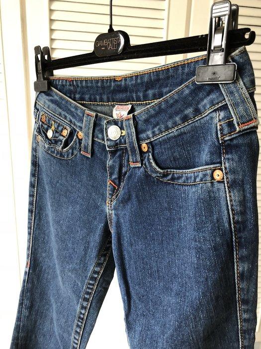 【TRUE RELIGION 】藍色翹臀直筒窄管牛仔褲JOEY26