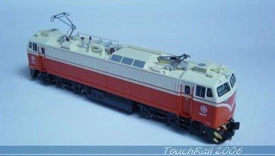 全新【鐵支路限量珍藏】【N】台鐵E200電力機車頭(無動力)!下標就賣!免運費!