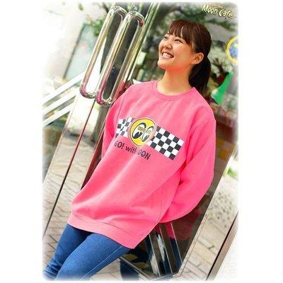 (I LOVE 樂多) MOONEYES Go with MOON Sweatshirt 螢光亮色系 賽車旗長袖上衣