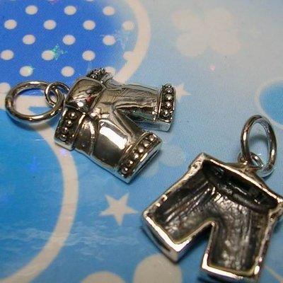 琥珀貓~【925純銀材料配件】墜飾~N9026~短褲~一個