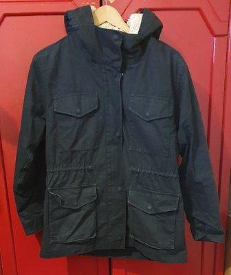 日本品牌 UNIQLO 女款 黑色 連帽軍裝外套 L號