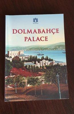 土耳其多爾瑪巴赫切宮,博物館的簡介書,英文版。(Air分享家)