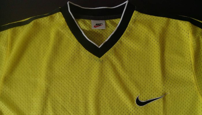 【NIKE】黃色 短袖 吸濕排汗 T恤
