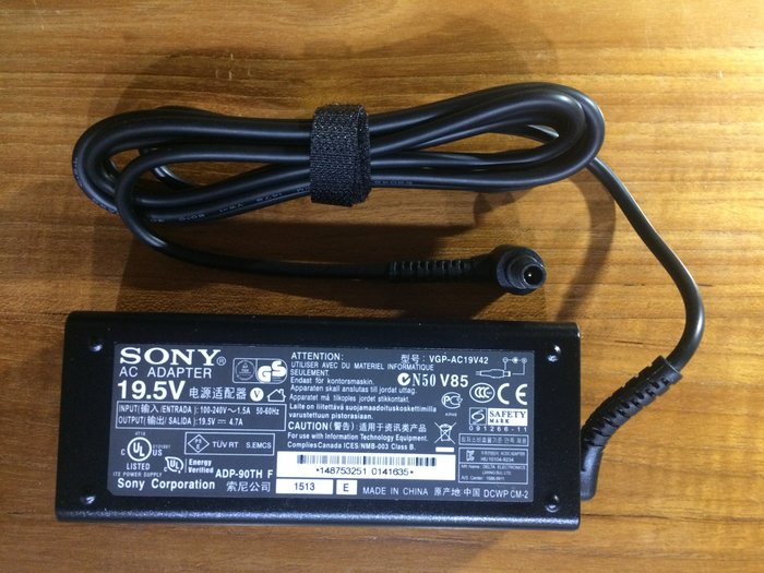 真正原廠 SONY VAIO 筆電 電源變壓器電源供應器 AC Adapter VGP-AC19V42 同AC19V41