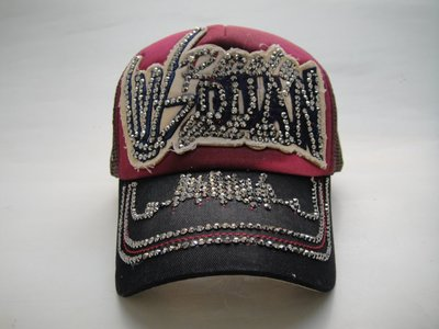 現貨供應*JIFU 鉅釜皮件*帽子*完美拼接概念亮鑽棒球帽(紅/黑色)