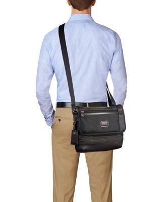 【全新正貨私家珍藏】TUMI 黑色&藍色男士單肩斜挎包 222371