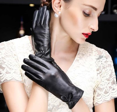 皮手套 女士薄款山羊皮短款加絨加厚開車觸屏真皮手套 冬季