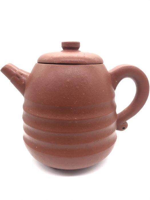 早期三角龍環茶壺(https://asta360.com/spin/1598335744M87)