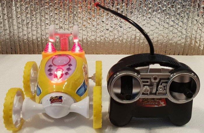 【玩具大亨】360度翻滾遙控車,現貨供應中,工廠出貨、價格合理、品質保證!