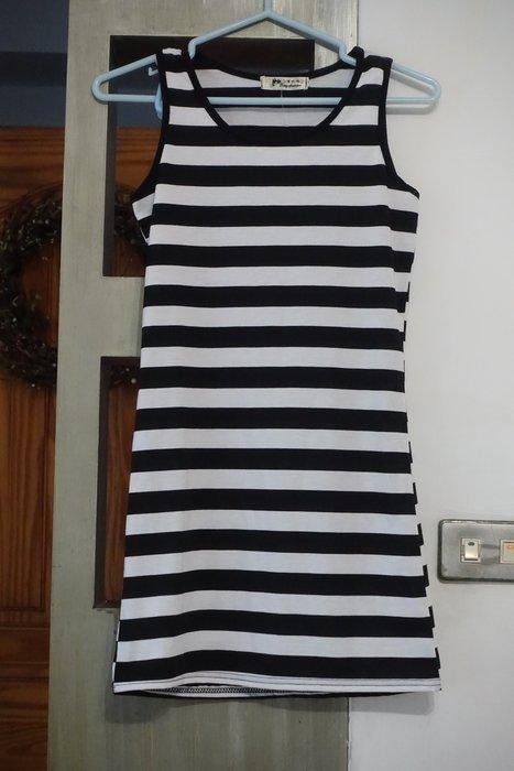 C.M. 館 女童服飾 150公分 黑白條紋棉質無袖洋裝  150公分