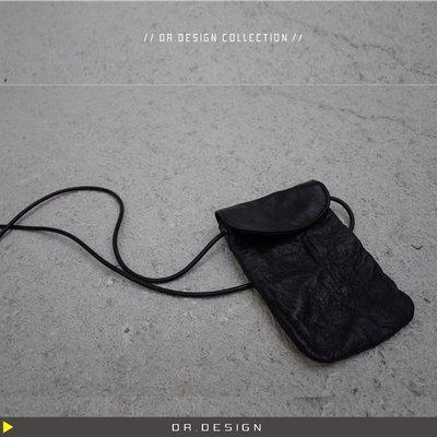 ►DR.DESIGN│DR3122特價-暗黑小眾款 牛皮真皮 簡約 山本設計感 水洗褶皺感 手機包 斜背 小容量小包包