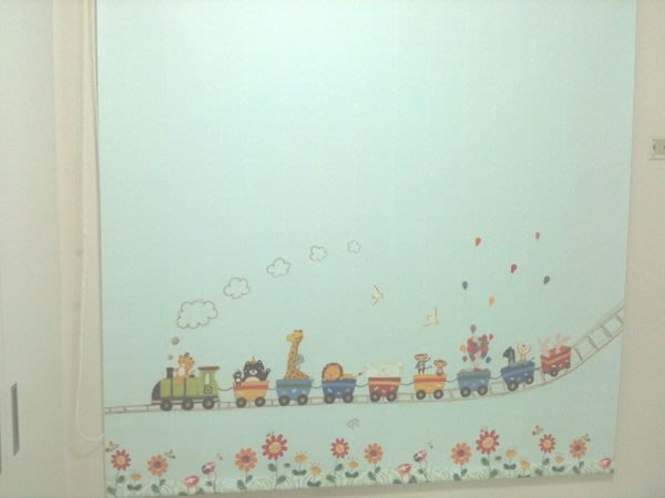 【窗的世界】20年專業製作達人, 彩色卡通印花捲簾窗簾,達人專業丈量與安裝1
