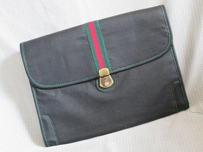 80年代 懷舊 復古古著 VINTAGE 老台灣 黑色壓紋仿皮鑲綠紅綠布條 手拿包 公事包 B043
