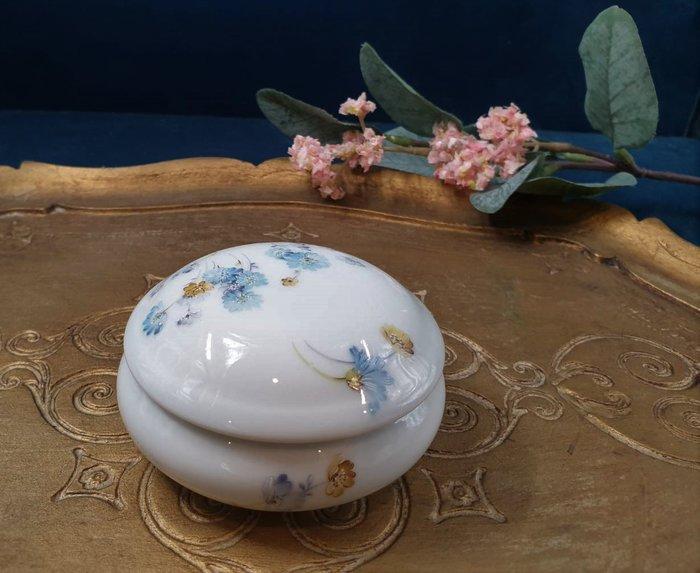 【卡卡頌 歐洲古董】🌹法國 LIMOGES 多彩美麗小花 古典 瓷盒 首飾盒  珠寶盒 (老件未用) p1812 ✬