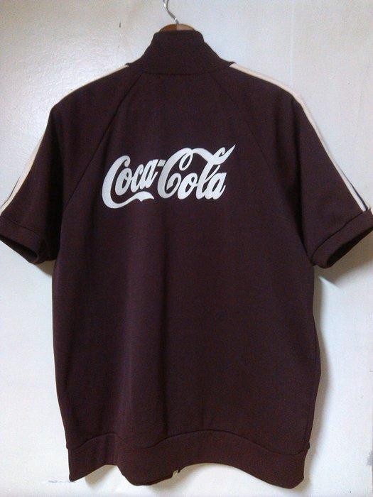 日系古著 Vintage 二手 Coca Cola 翻玩印圖 咖啡色 短袖運動外套 G-Dragon 陳冠希
