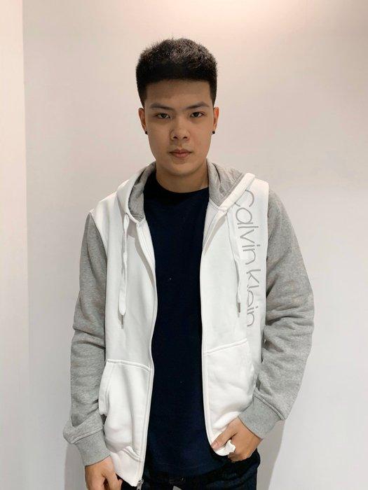 【蟹老闆】CK 100%正品 Calvin Klein 男外套 連帽外套 休閒外套 手臂淺灰 胸口白區 白色