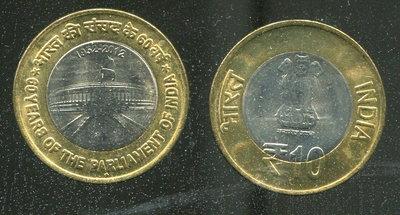 【雙色幣】INDIA (印度), 10 Rupee , K407 , 2012 國會60年 品相全新UNC