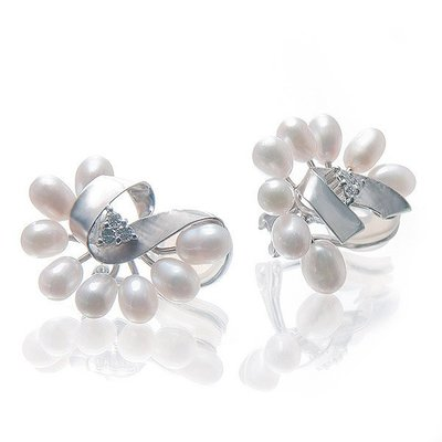 【JHT金宏總珠寶/GIA鑽石專賣】0.12ct天然珍珠鑽石耳環 /材質:18K(JB42-A32)