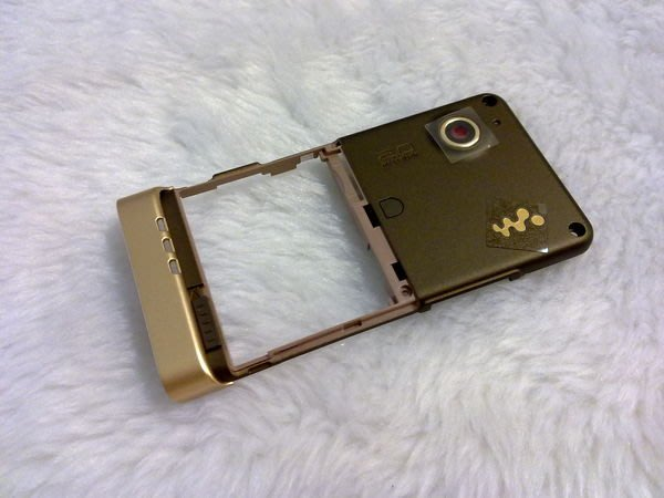 『皇家昌庫』SonyEricsson W910I 原廠外殼 W910I 中殼 W910I  中板 背版 香檳色 現貨