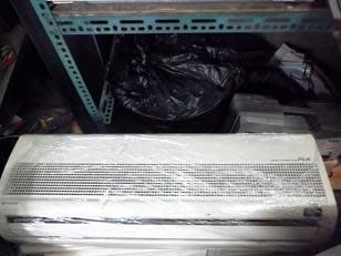 日立分離式冷氣一對二1噸+1噸  含基本安裝  21000 八成新 保固