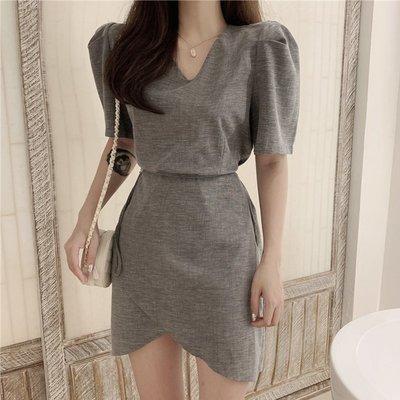 時尚女裙  夏季新款復古系帶收腰V領連衣裙女高腰氣質短袖開叉裙子短裙