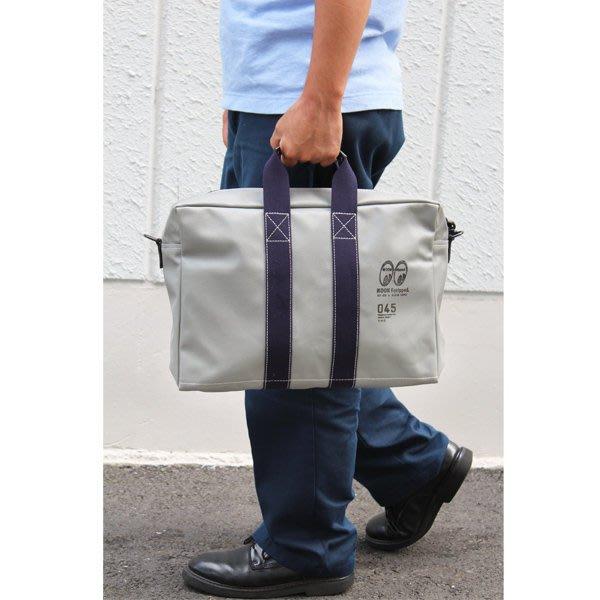 (I LOVE樂多)MOON Equipped YOKOHAMA Canvas Aviators Kit Bag 側肩包
