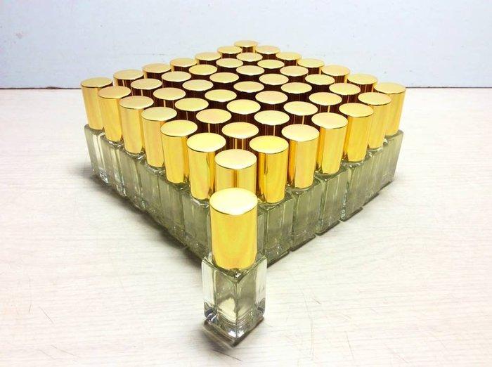 【茶陶音刀】台灣香樟一級木精油 5ML滾珠角瓶一罐80元(純天然)香醇精油~在家就能享受天然芬多精