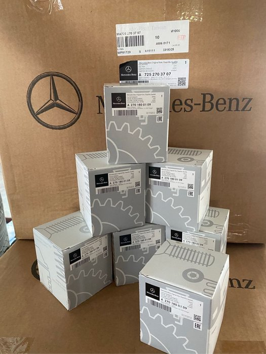 Benz 賓士正原廠機油芯 A2701800109 M274 M270