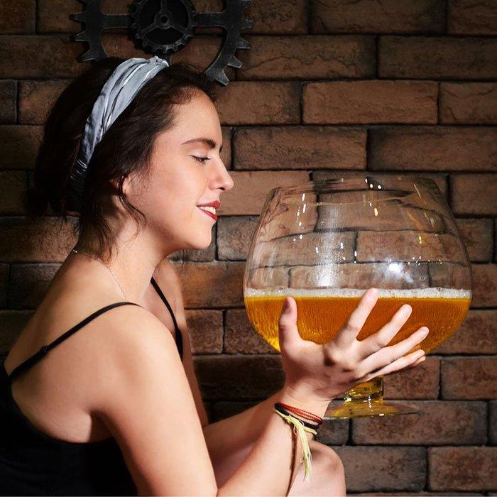 巨大特大號酒杯超大巨型大容量啤酒杯大號紅酒杯高腳杯玻璃英雄杯規格不同價格不同聯繫客服報價