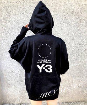 Y3 2018 秋冬新款 刺繡簽名款帽T DP0459 蒙特歐洲精品