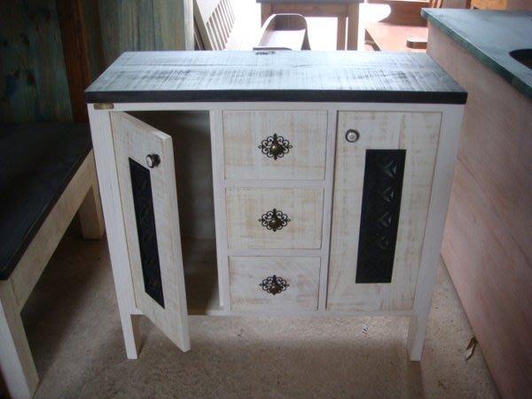 原木工坊~ 實木傢俱訂作  室內設計規劃  復古白雙色收納櫃