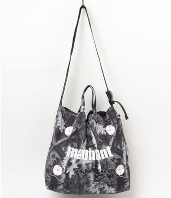 萌貓小店 日本直送-日本潮牌A BATHING APE BAPE 手袋BAPE FOREST CAMO SHOULDER TOTE M