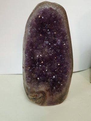 可愛的桌上型紫水晶