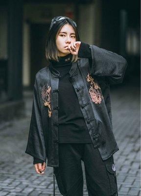 【黑店】原創設計 訂製款金鶴麒麟刺繡中國風上衣 中國風外套 一字扣中國風外套 中國風刺繡唐裝外套 KK124