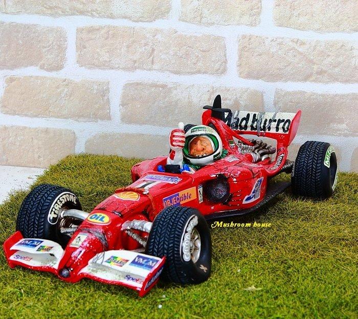 點點蘑菇屋 歐洲進口 精緻法國社會寫實派設計師FORCHINO系列擺飾-賽車冠軍 賽車手 F1職業賽車手