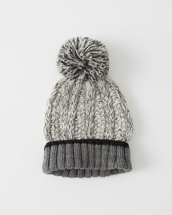 Maple麋鹿小舖 Abercrombie&Fitch * A&F 麻灰色球球針織毛帽+無指針織手套 *( 現貨1組 )