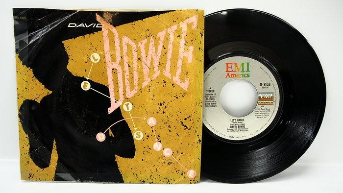 45 rpm 7吋單曲 David Bowie 【Cat People Let's Dance】美國 EMI 1983